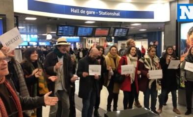 Brussels Jazzkoor vult Zuidstation met muziek als protest tegen Brexit