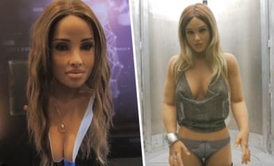 Hyperrealistische sekspop vertelt (flauw) mopje op grootste eroticabeurs ter wereld