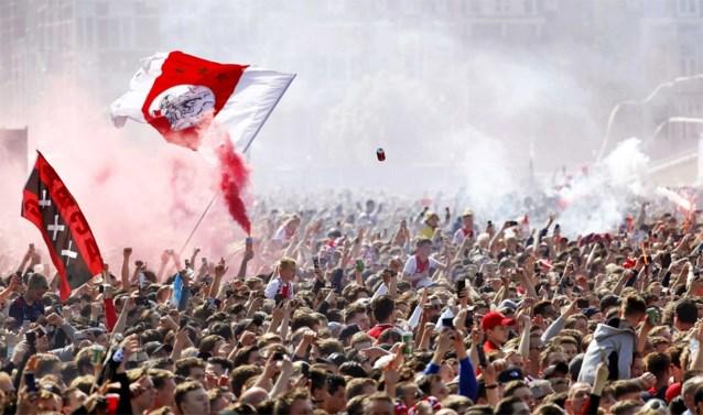 """Nederlandse voetbalfans zien niets in BeNeLiga: """"We begrijpen echt niet dat je dit imago overboord zou gooien"""""""