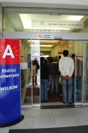Antwerpen voert 'loketverbod' in voor wie zich agressief gedraagt tegenover stadspersoneel
