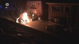 VIDEO. Beverse buurt blijft achter met veel vragen na brandstichting in auto