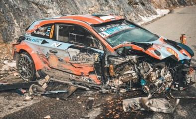 """Wereldkampioen rally Ott Tänak vliegt tegen 180 km per uur van de baan, maar: """"Ik wil zo snel mogelijk weer rijden"""""""