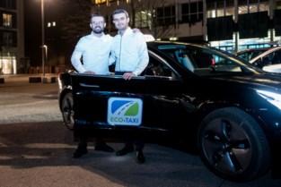 Broers lanceren eerste elektrische taxi van Limburg