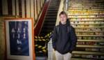 """Arne (12) breekt voet op beruchte roltrap: """"Het spoorwegpersoneel liet doorschijnen dat zijn schoenen de oorzaak zijn"""""""