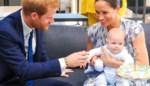 """Brits koningshuis maakt noodplan voor snelle terugkeer van """"kwetsbare"""" Harry en Meghan naar Verenigd Koninkrijk"""
