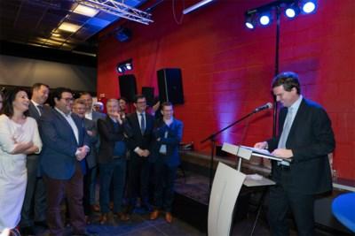 """Open VLD """"verenigd"""" na moeilijk jaar in Gent: """"Wíj zijn de grootste. En we zullen onze stempel drukken"""""""