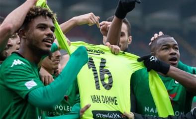 Beklijvende taferelen in Jan Breydel: Cercle Brugge en Anderlecht huldigen Miguel Van Damme en overleden Rob Rensenbrink