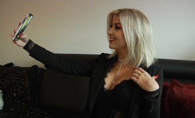 Dit is Nanoe (24), de eerste Vlaamse professionele pornoactrice