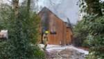 Houten huis zo goed als vernield door zware brand in Wuustwezel