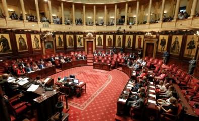 Gênant schouwspel in de Senaat: amper 6 politici voor hoorzitting commissie