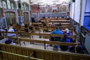 Werkstraf en tot 800 euro boete voor 142 spijbelende bijzitters