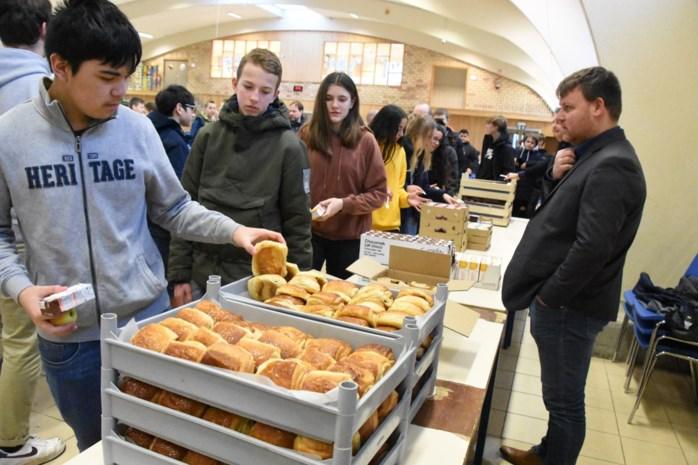 Ontbijten op Feest van Don Bosco