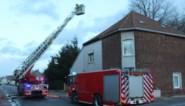 Steenweg drie kwartier afgesloten vanwege schouwbrand