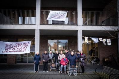 Bewoners en familie rusthuis HogeVijf komen op straat