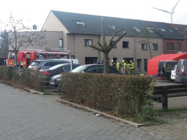 Dode en zwaargewonde bij uitslaande woningbrand