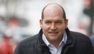 Burgemeester van Brussel verdedigt mandaat bij Sporting Anderlecht