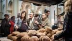 Lokaalmarkt met bar en kinderatelier in Farmfabriek