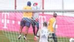 Hommeles bij Bayern München: Boateng slaat ploegmaat pal in gezicht