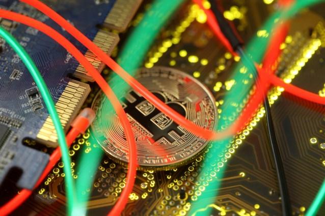 """Belgen verloren afgelopen jaren minstens 5 miljoen euro aan fraude met cryptomunten: """"En dat is nog maar het topje van de ijsberg"""""""
