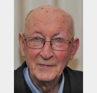 """Pastoor Jan brengt op zijn 91ste nog zes nieuwe boeken uit: """"Naast geregeld rusten heb ik immers niets anders te doen"""""""
