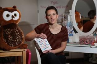 """Patsy (39) schrijft boek over hoogbegaafde dochter: """"Fouten gemaakt uit onwetendheid"""""""