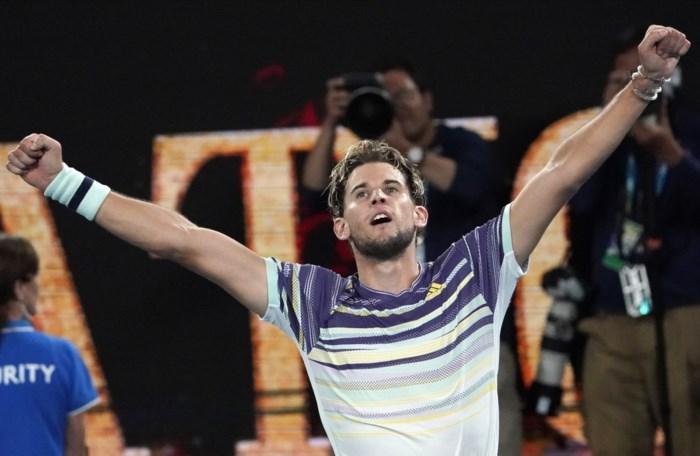 """Australian Open-finalist Dominic Thiem speelt op buitenaards niveau na mysterieuze breuk: """"Je weet nooit wie in zo'n mooi huis woont"""""""
