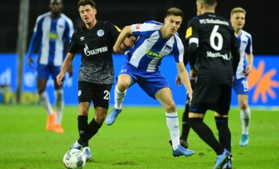 Belgen in het buitenland: Hertha houdt Schalke in bedwang, AZ naast Ajax op kop