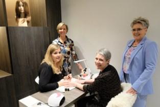 """Nadia opent kapsalon voor chemopatiënten:""""We bieden alle zorg op één plaats aan"""""""