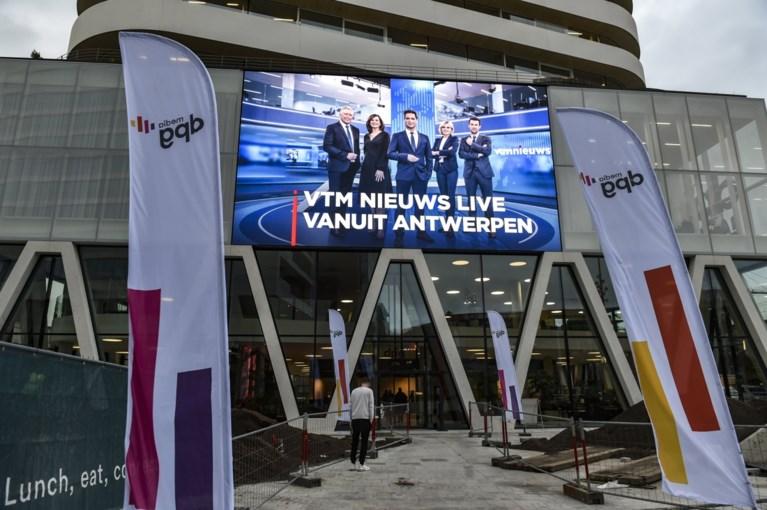 Stef Wauters geeft rondleiding in nieuwe VTM studio