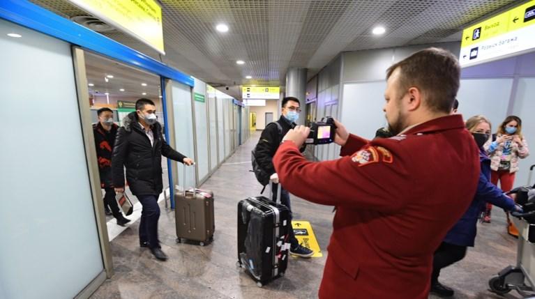 Rusland bevestigt eerste twee gevallen van coronavirus, <B>Myanmar stuurt vliegtuig met alle passagiers terug naar China</B>
