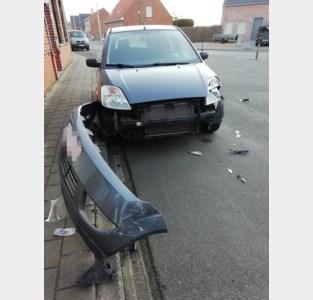 """Wim (58) zoekt getuigen van botsing: """"Aanrijder vluchtte en liet mijn auto zwaar beschadigd achter"""""""