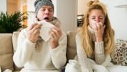 De griepepidemie is in het land: zo herken je het verschil met een gewone verkoudheid