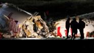 Vliegtuig breekt in drie stukken op Turkse landingsbaan: drie doden, aantal gewonden loopt op tot 179