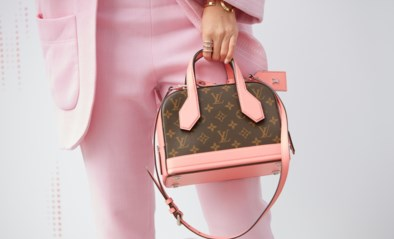 Waarom dure merkkleding en handtassen ons niet altijd blij maken