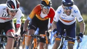 """Philippe Gilbert niet op de afspraak, Dylan Teuns wel: """"De Ronde rijden wordt een kinderdroom"""""""