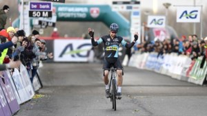 """""""Broodroof"""" en """"anti-Belgen-maatregel"""":  nieuw UCI-reglement rond Wereldbeker zet kwaad bloed bij Belgische subtoppers"""