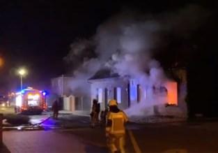 Uitslaande brand: huurder slaat alarm