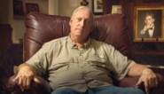 De apotheker die moordenaar van zijn verslaafde zoon zocht en daarna een farmareus op de knieën dwong