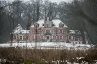 """Alleen al de studies voor kasteel kosten 600.000 euro: """"Hopelijk hebben we geen krot gekocht"""""""