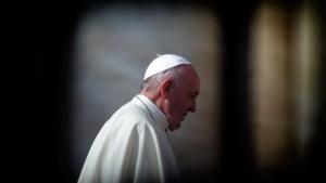 Paus wil geen versoepeling celibaat en haalt uit naar bedrijven die Amazone vernielen