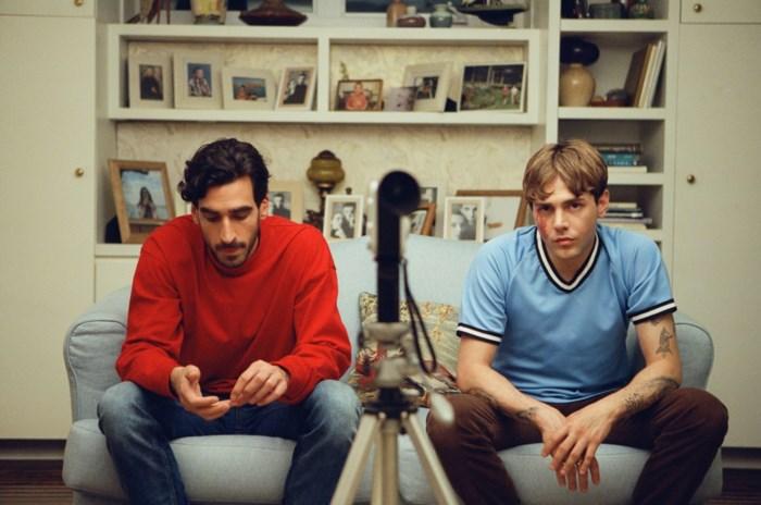 RECENSIE. 'Matthias et Maxime' van Xavier Dolan: Kussen met bagage ***