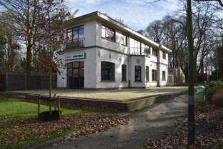 Stadsbestuur verkoopt voormalige The Irish Pub in Heldenpark