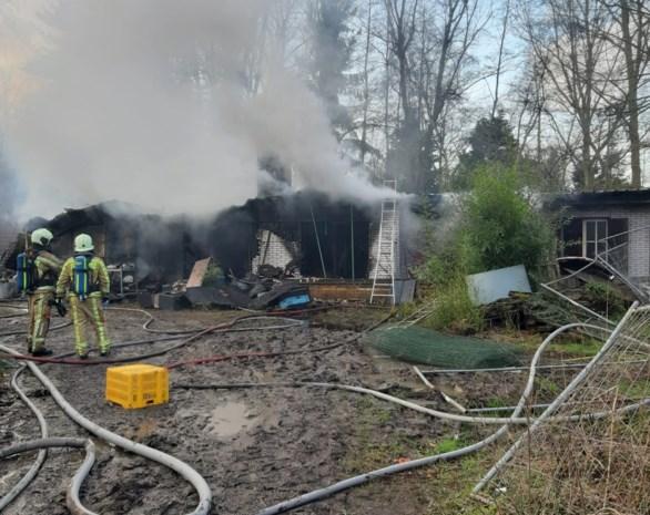 Daders van brandstichting in chalet blijken twee tienjarigen, bewoner moet op zoek naar ander onderkomen