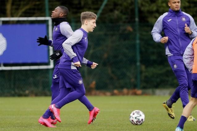 Anderlecht verwelkomt Yari Verschaeren en Pieter Gerkens terug op het trainingsveld