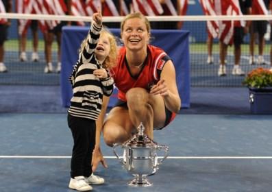 Hoe Kim Clijsters na een korte retraite als mama weer nummer 1 van de wereld werd