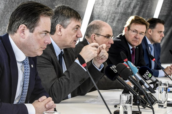 Mandatenlijst van Belgische politici toont voor het eerst hoeveel ze verdienen: hoe scoren de toppolitici?