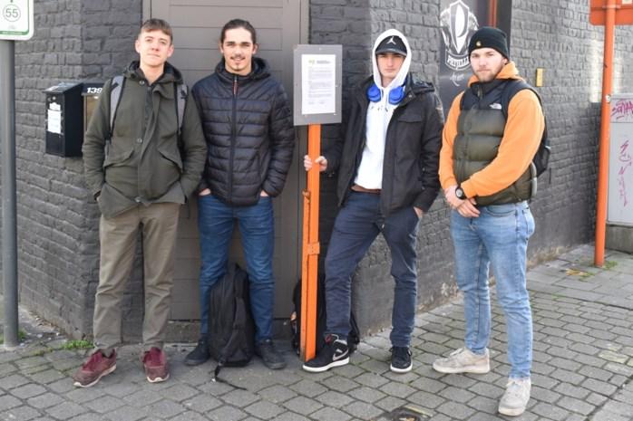 """Jongerencafé verplicht gesloten: """"Laat ze hier overal camera's hangen tegen lawaaimakers en wildplassers"""""""