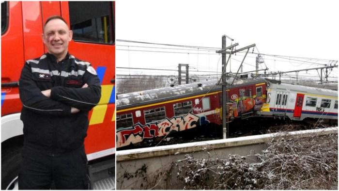 """Eerste hulpverlener ter plaatse kijkt tien jaar later terug op treinramp van Buizingen: """"Alsof het gisteren was"""""""