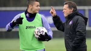 """Frank Vercauteren hoopt in cruciale wedstrijd op meer efficiëntie bij Anderlecht: """"Joveljic is een geboren goalgetter"""""""