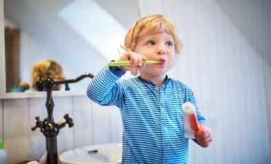 """""""Tanden poetsen is stom"""": mama's geven tips zodat het wel lukt"""